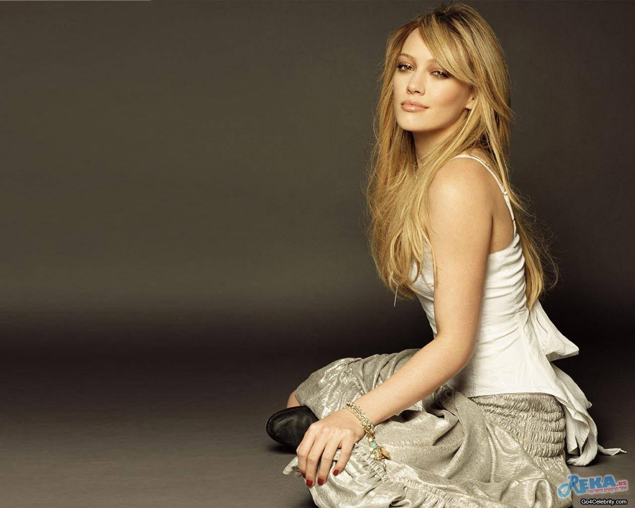 go4-Hilary-Duff-011.jpg