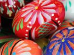 Easter_Eggs_Champagne_1080x1920